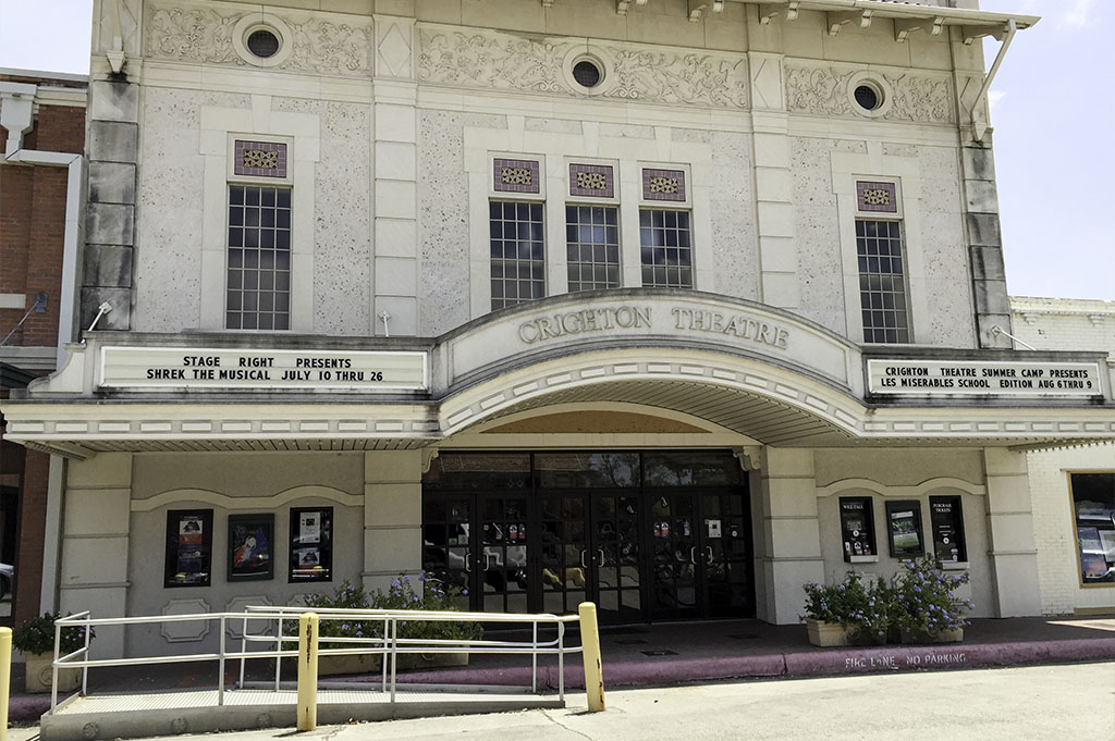 Crighton Theatre Good Eats Conroe Local Trave Guide Mike Puckett DDM 2