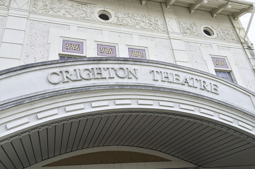Crighton Theatre Good Eats Conroe Local Trave Guide Mike Puckett DDM 3