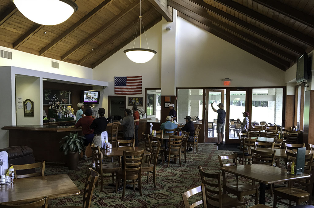 Good-EatsTexas-Golf-Lake-Conroe-Local-Travel-Guide Mike-Puckett-DDM 4