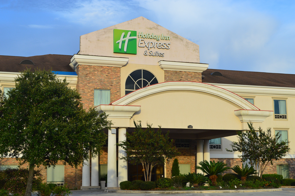 Holiday Inn Express Good Eats Conroe Texas Mike Puckett GEW (1 of 22)