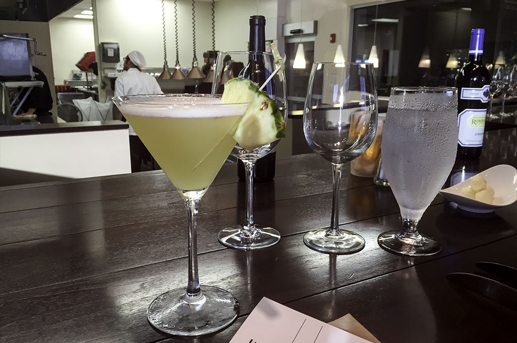 Lakeside Restaurant & Bar Good Eats Conroe Local Travel Guide Mike Puckett DDM 10