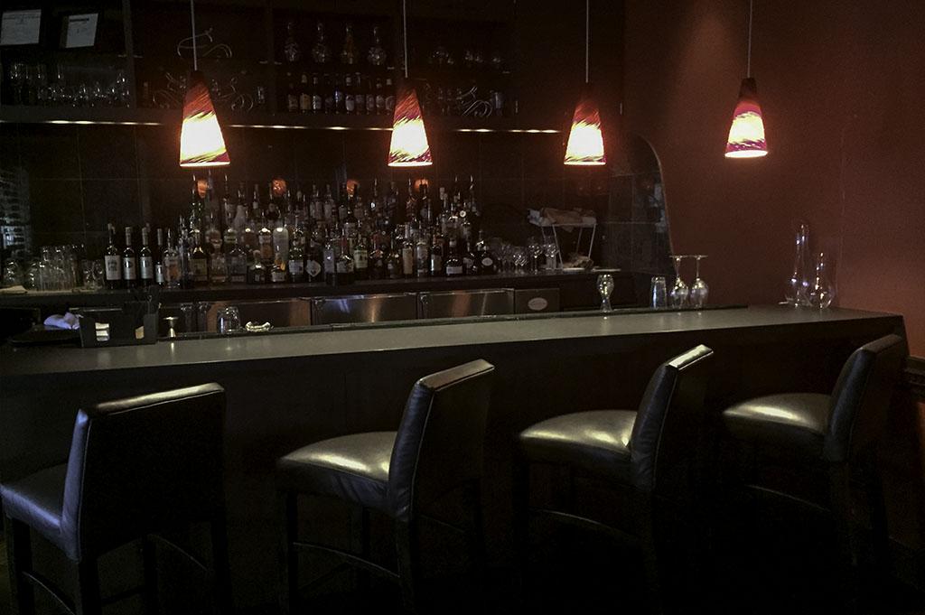 Lakeside Restaurant & Bar Good Eats Conroe Local Travel Guide Mike Puckett DDM 2