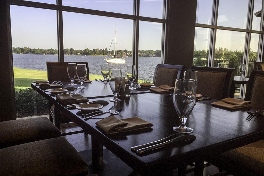 Lakeside Restaurant & Bar Good Eats Conroe Local Travel Guide Mike Puckett DDM 4