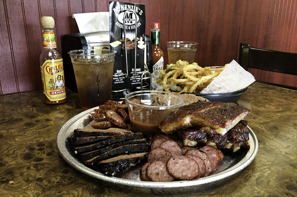 McKenzies Barbecue Good Eats Conroe Local Trave Guide Mike Puckett DDM 15