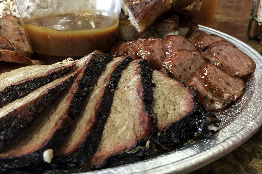 McKenzies Barbecue Good Eats Conroe Local Trave Guide Mike Puckett DDM 20