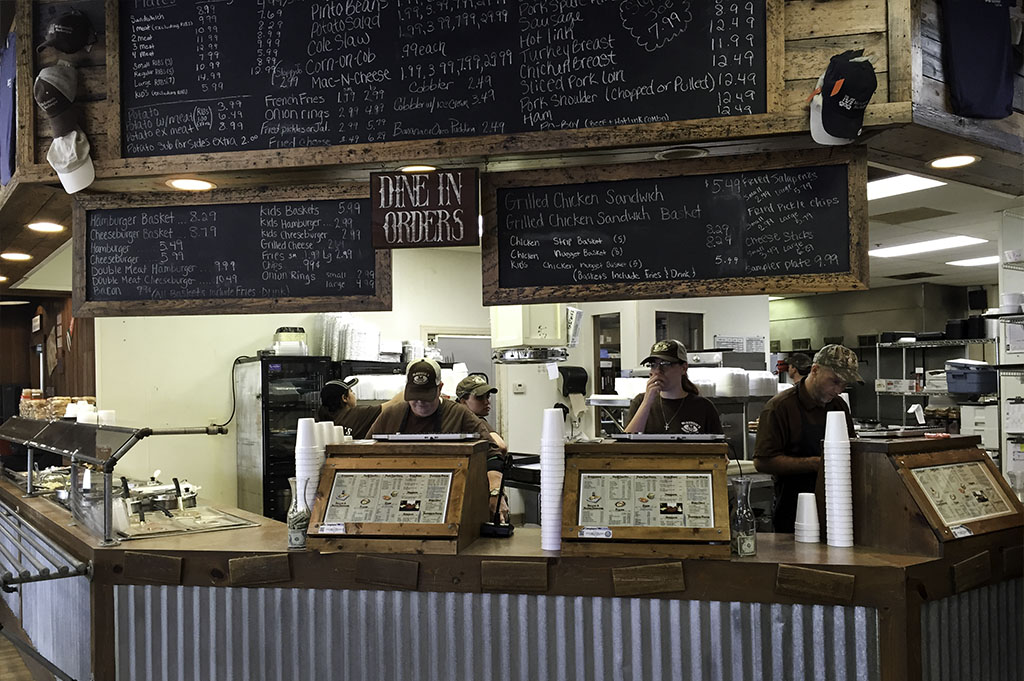 McKenzies Barbecue Good Eats Conroe Local Trave Guide Mike Puckett DDM 8