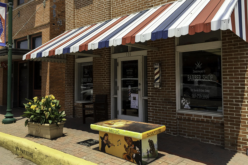 Shepard's Barber Shop Good Eats Conroe Local Trave Guide Mike Puckett DDM 1