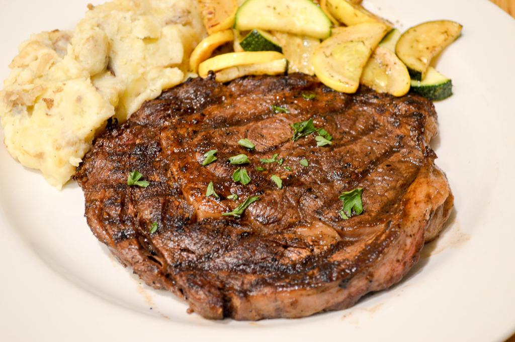 Alpine Lodge Restaurant Good Eats Kerrville Texas Mike Puckett GETW (18 of 22)