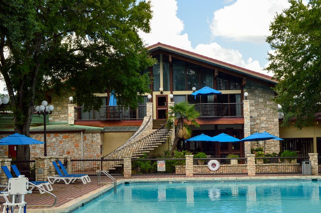 Alpine Lodge Restaurant Good Eats Kerrville Texas Mike Puckett GETW (2 of 22)
