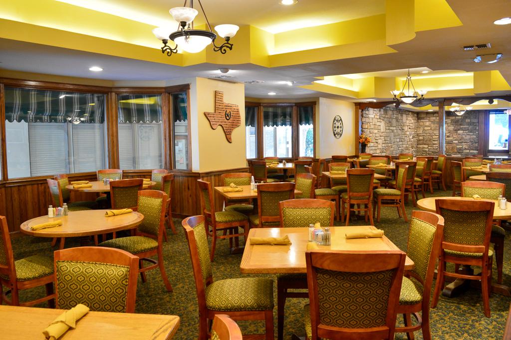 Alpine Lodge Restaurant Good Eats Kerrville Texas Mike Puckett GETW (3 of 22)