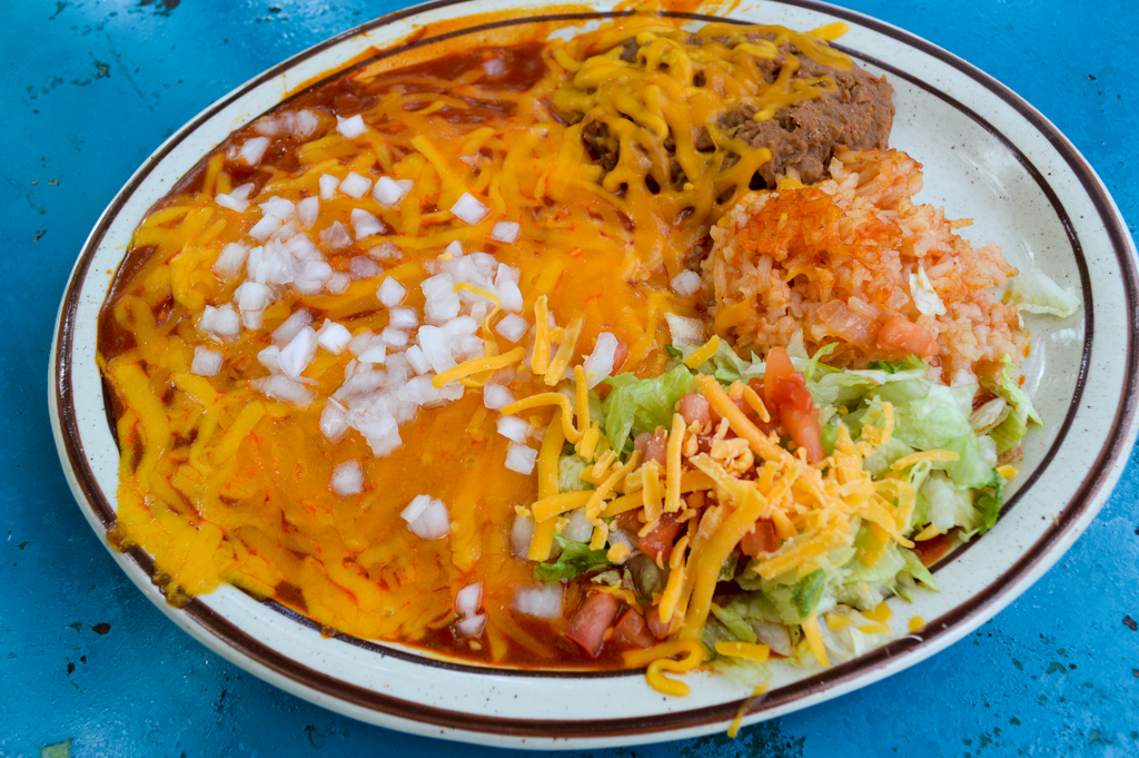 La Cueva de Oso Restaurant Good Eats Balmorhea Texas Mike Puckett GETW (18 of 42)