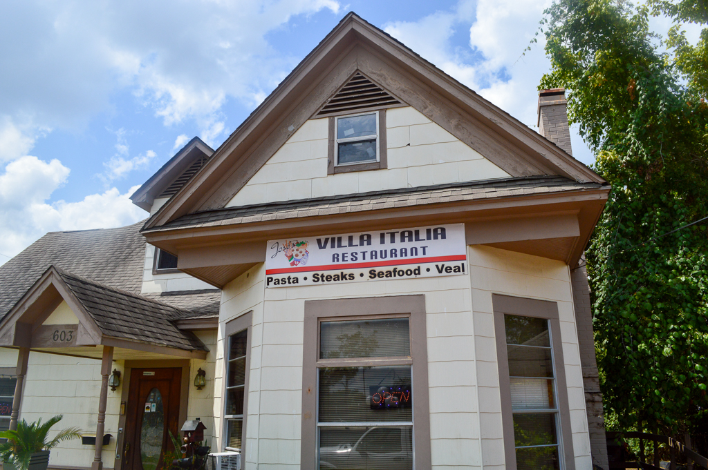 Villa Italia Good Eats Conroe Texas Mike Puckett GETW (1 of 21)