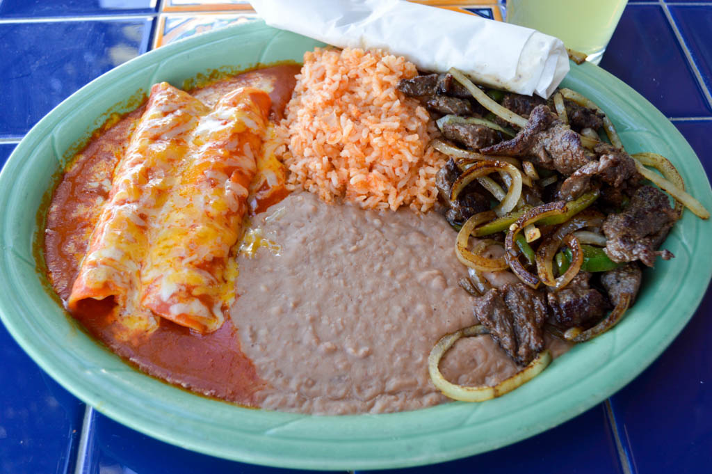 Bienvenidos Good Eats Fort StocktonTexas Local Mike Puckett GW-28