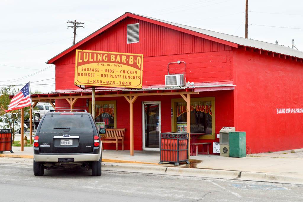 Luling Bar B Q Good Eats Luling Texas Local Mike Puckett GW-1