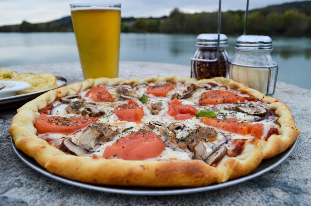 Pier 27 River Lounge Good Eats Kerrville Texas Local Mike Puckett GW-28