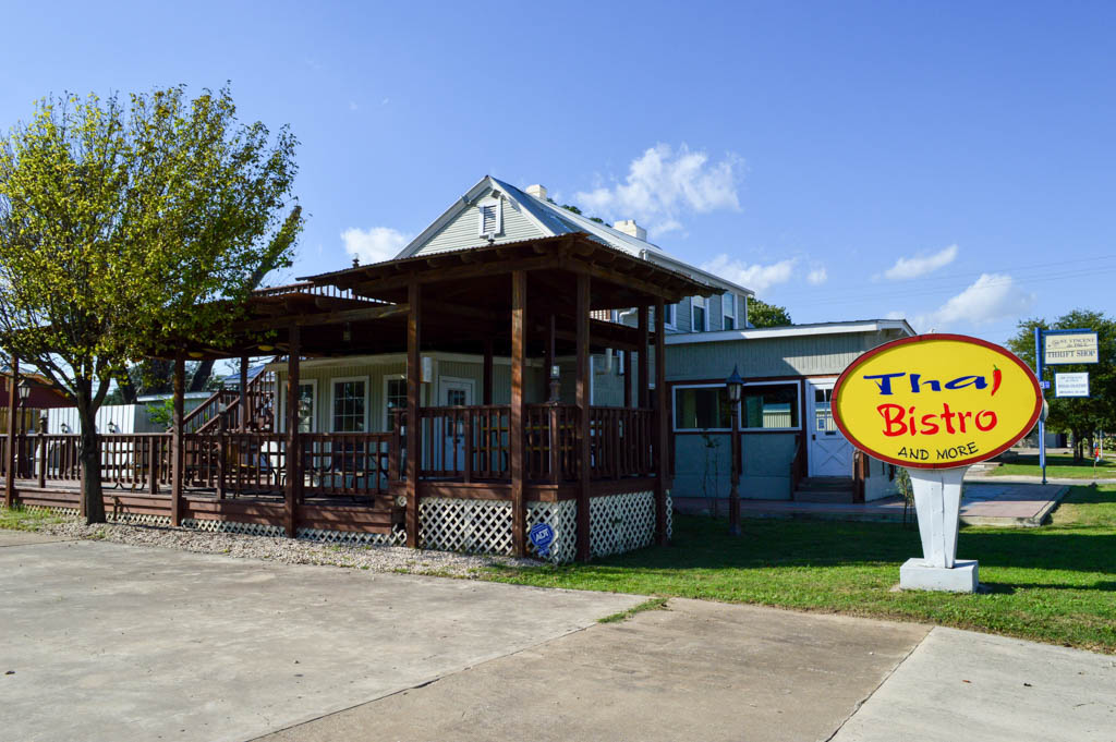 Thai Bistro and More Good Eats Kerrville Texas Local Mike Puckett GW-1