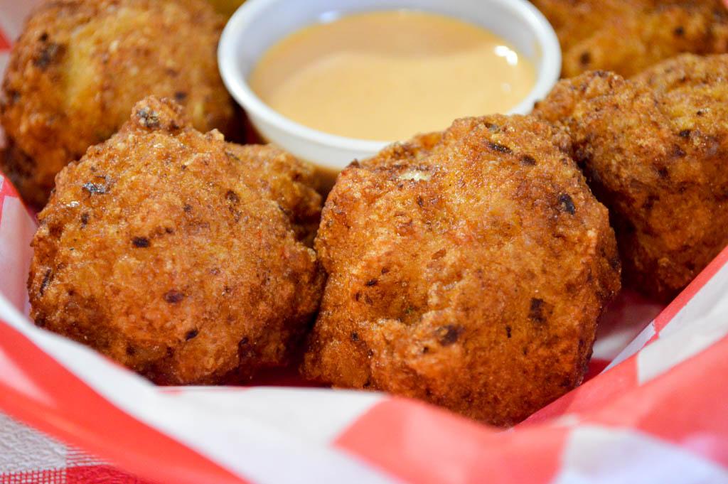 Bayou Boys PoBoys Good Eats Needville Texas Local Mike Puckett GW-11