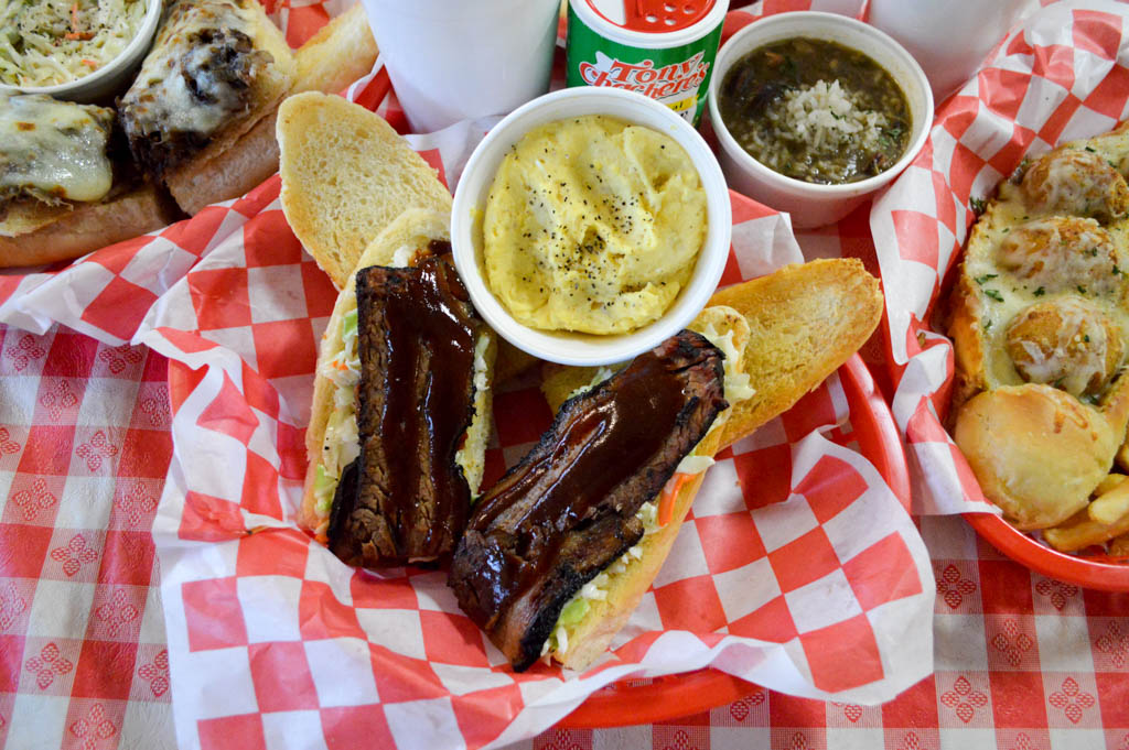 Bayou Boys PoBoys Good Eats Needville Texas Local Mike Puckett GW-32