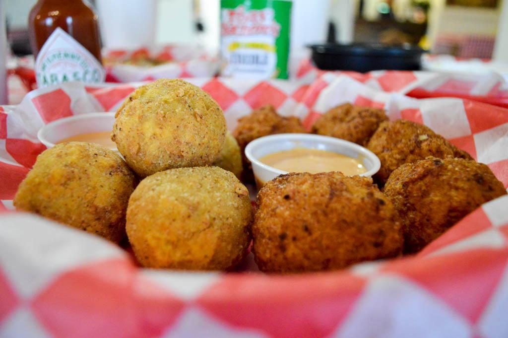 Bayou Boys PoBoys Good Eats Needville Texas Local Mike Puckett GW-9